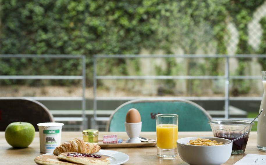 Hotel Cabane - Breakfast